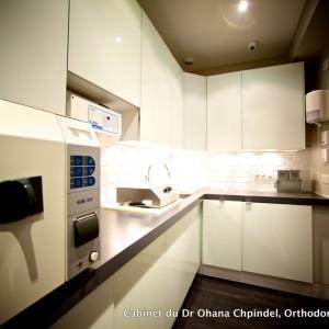 Photo salle de stérilisation numéro 2 du Dr Ohana Chpindel, Orthodontiste Paris 17
